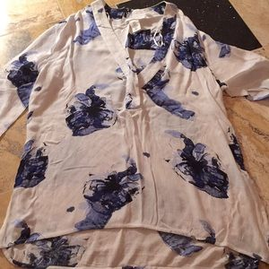 H&M l.o.g.g Floral tunic navy/white crinkle fabric